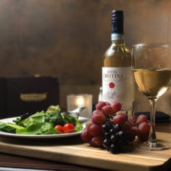 Sawmill Restaurant: Wine and Salad